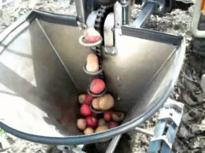 как сделать картофелесажалку своими руками