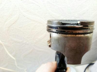 как раскоксовать поршневые кольца не разбирая двигатель
