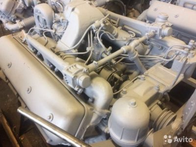 где находится номер двигателя ямз 236