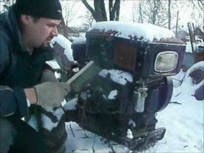 как завести мотоблок зимой